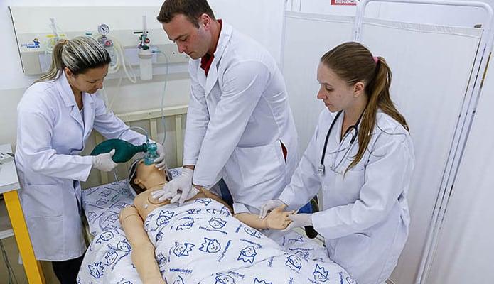 O que se aprende no curso tecnico de enfermagem